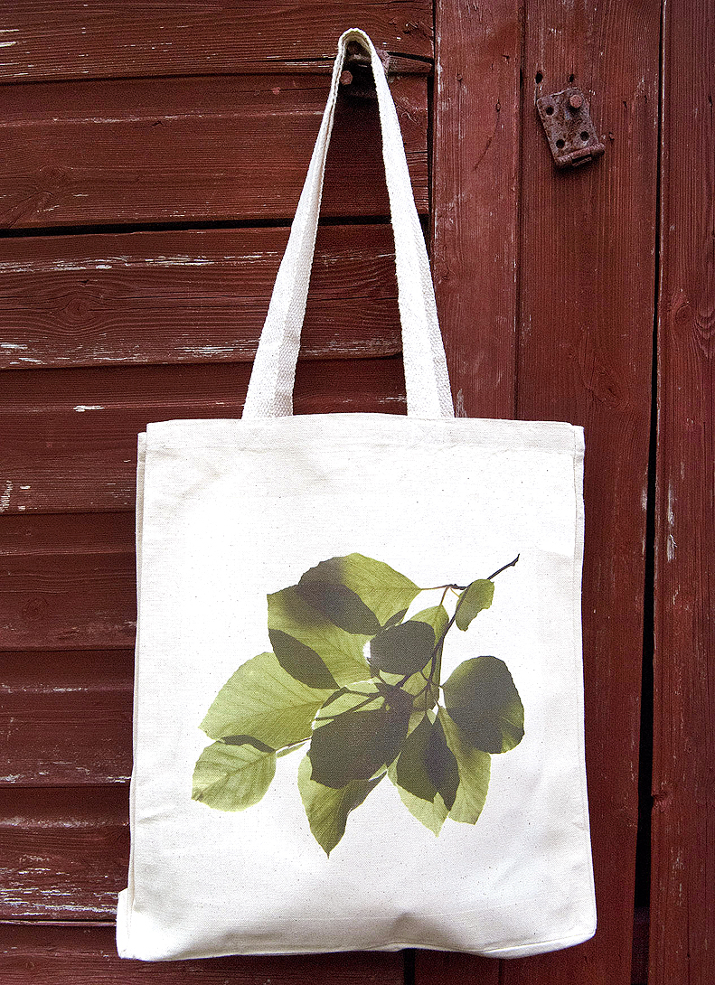 Image of canvas bag featuring beech leaves design
